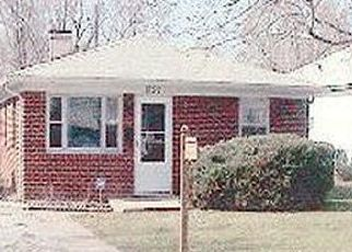 Pre Foreclosure in Indianapolis 46222 N LIVINGSTON AVE - Property ID: 1722326328