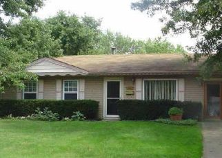 Pre Foreclosure in Indianapolis 46254 N VINEWOOD AVE - Property ID: 1722334659