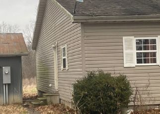 Pre Foreclosure in Centralia 62801 LINN ST - Property ID: 1722373192