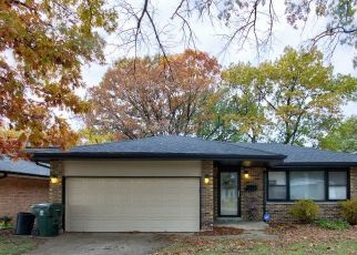 Pre Foreclosure in Dolton 60419 DOBSON AVE - Property ID: 1722390268