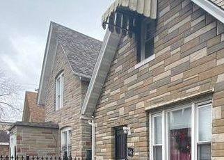 Pre Foreclosure in Chicago 60651 W IOWA ST - Property ID: 1722395989