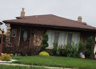 Pre Foreclosure in Calumet City 60409 MUSKEGON AVE - Property ID: 1722409101