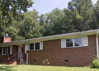 Pre Foreclosure in Anniston 36201 CAROLYN DR - Property ID: 1723096737