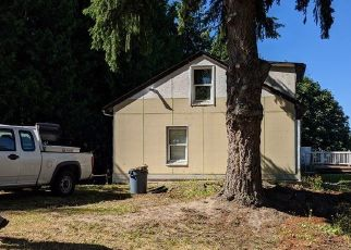 Pre Foreclosure in Seattle 98168 S 104TH ST - Property ID: 1723145791