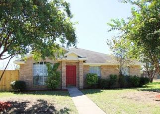 Pre Foreclosure in Lancaster 75146 CYPRESS LN - Property ID: 1723322285