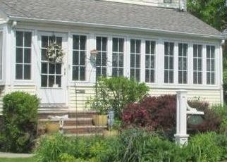 Pre Foreclosure in Maplewood 07040 ORCHARD RD - Property ID: 1723772523