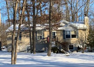 Pre Foreclosure in East Stroudsburg 18302 SELLERSVILLE DR - Property ID: 1723842155