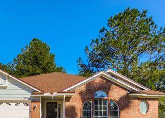 Pre Foreclosure in Middleburg 32068 TUSCARORA TRL - Property ID: 1723951657