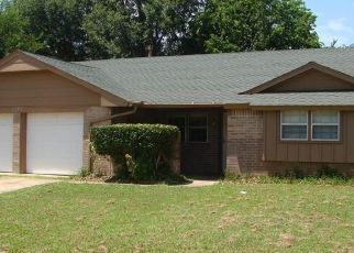 Pre Foreclosure in Norman 73071 CHAMBLEE DR - Property ID: 1723954278