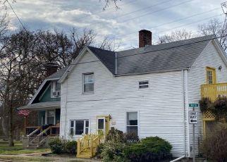 Pre Foreclosure in Cincinnati 45215 MILL ST - Property ID: 1723975302