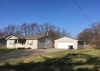 Pre Foreclosure in Anderson 46013 E 41ST ST - Property ID: 1724040113