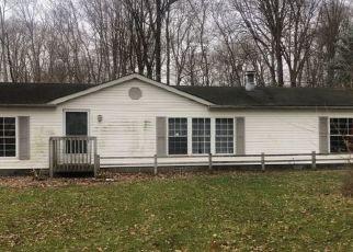 Pre Foreclosure in Claypool 46510 W MAPLE LN - Property ID: 1724049320