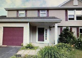 Pre Foreclosure in Baldwinsville 13027 SANDIRON CT - Property ID: 1724107126