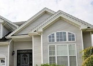 Pre Foreclosure in Monroe Township 08831 BERMUDA DUNES DR - Property ID: 1724344518