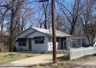 Pre Foreclosure in Collinsville 62234 HARTMAN DR - Property ID: 1724354592
