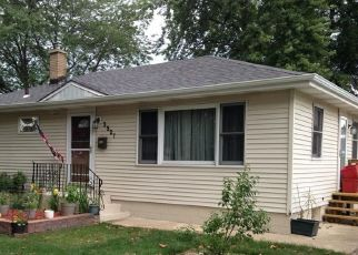 Pre Foreclosure in Highland 46322 41ST ST - Property ID: 1724386118