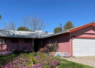 Pre Foreclosure in Sacramento 95823 BURDETT WAY - Property ID: 1724837232