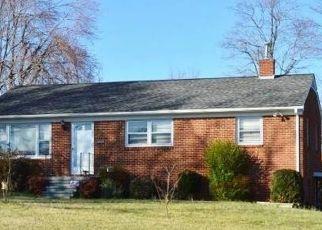 Pre Foreclosure in Burlington 27215 TRAIL SIX - Property ID: 1725347479