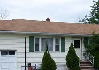 Pre Foreclosure in Carteret 07008 MONROE AVE - Property ID: 1725568209