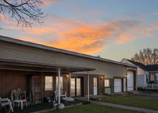 Pre Foreclosure in Indianapolis 46221 S HOLT RD - Property ID: 1725832309