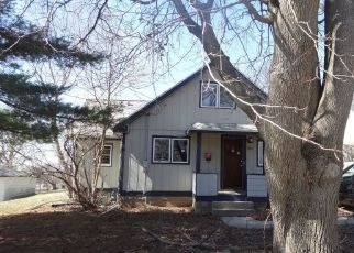 Pre Foreclosure in Rockford 61108 EASTMORELAND AVE - Property ID: 1726099478
