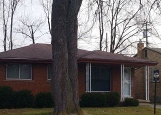 Pre Foreclosure in Detroit 48219 WOODBINE ST - Property ID: 1726104743
