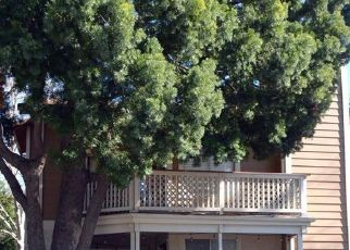 Pre Foreclosure in Thousand Oaks 91362 PLEASANT WAY - Property ID: 1726153797