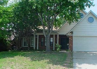 Pre Foreclosure in Denton 76210 MOUNTAINVIEW DR - Property ID: 1726210729