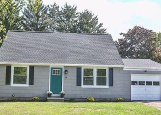 Pre Foreclosure in Farmington 14425 HERITAGE CIR - Property ID: 1726607981