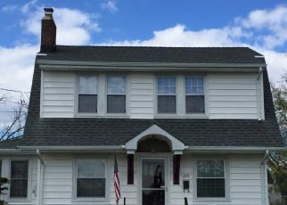 Pre Foreclosure in Lakehurst 08733 PINE ST - Property ID: 1726701248