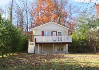 Pre Foreclosure in Sussex 07461 LAKESIDE DR - Property ID: 1726765639
