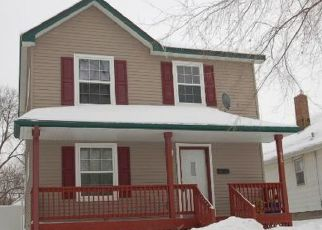 Pre Foreclosure in Saint Paul 55117 MACKUBIN ST - Property ID: 1726806816