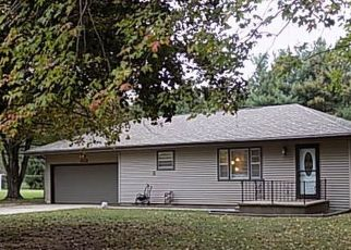 Pre Foreclosure in Elkhart 46517 REBECCA DR - Property ID: 1727115131