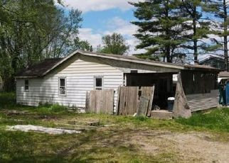 Pre Foreclosure in Columbus 47203 PATTERSON RD - Property ID: 1727126981