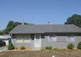 Pre Foreclosure in Indianapolis 46226 E HILL DR - Property ID: 1727164185