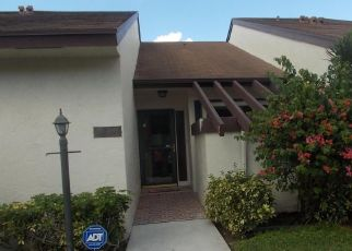 Pre Foreclosure in Lake Worth 33467 WASH RD - Property ID: 1727312673