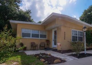 Pre Foreclosure in Lakeland 33801 N CRYSTAL LAKE DR - Property ID: 1727314420