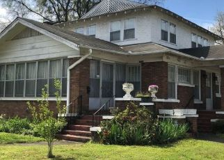 Pre Foreclosure in Birmingham 35208 AVENUE T - Property ID: 1727648145