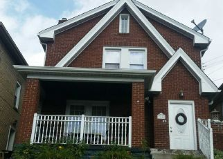 Pre Foreclosure in Pittsburgh 15234 MAY ST - Property ID: 1728071229