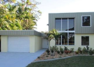 Pre Foreclosure in Fort Myers 33901 HILL AVE - Property ID: 1728678264