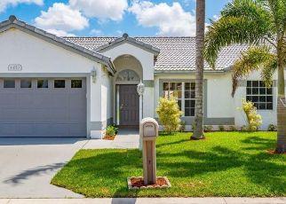 Pre Foreclosure in West Palm Beach 33417 CAMROSE LN - Property ID: 1728699737