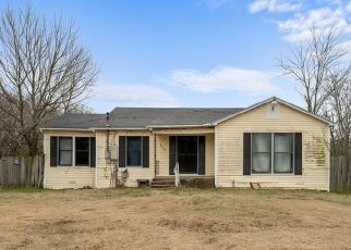 Pre Foreclosure in Waco 76706 HINES AVE - Property ID: 1728795652