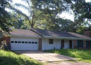 Pre Foreclosure in Tyler 75707 CREEK BEND DR - Property ID: 1728817546