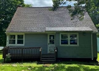 Pre Foreclosure in Newton 07860 PLYMOUTH LAKE DR - Property ID: 1728823680