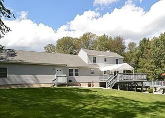 Pre Foreclosure in Colchester 06415 WESTCHESTER RD - Property ID: 1728932291