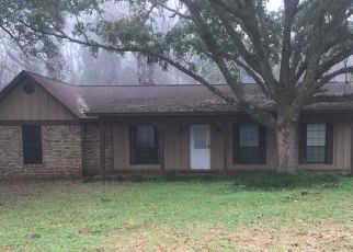 Pre Foreclosure in Theodore 36582 LUNDY RD - Property ID: 1729027331