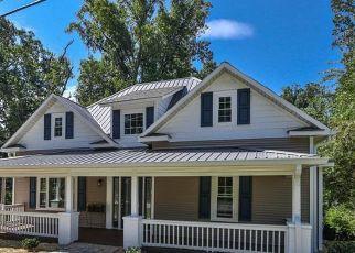 Pre Foreclosure in Elkin 28621 ELK SPUR ST - Property ID: 1729235818