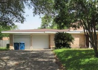 Pre Foreclosure in Beeville 78102 E INEZ ST - Property ID: 1729416698