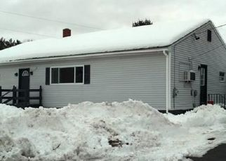 Pre Foreclosure in Lewiston 04240 OLD GREENE RD - Property ID: 1729477124