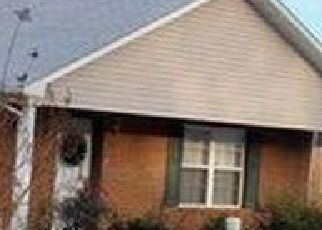 Pre Foreclosure in Sevierville 37862 BERRY TRAIL DR - Property ID: 1729526177